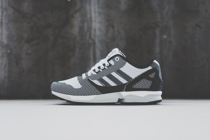 Adidas_ZX_Flux_Weave_Black-White1_1024x1024-856x572