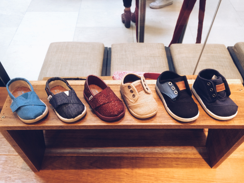 Toms shoes uk retailers