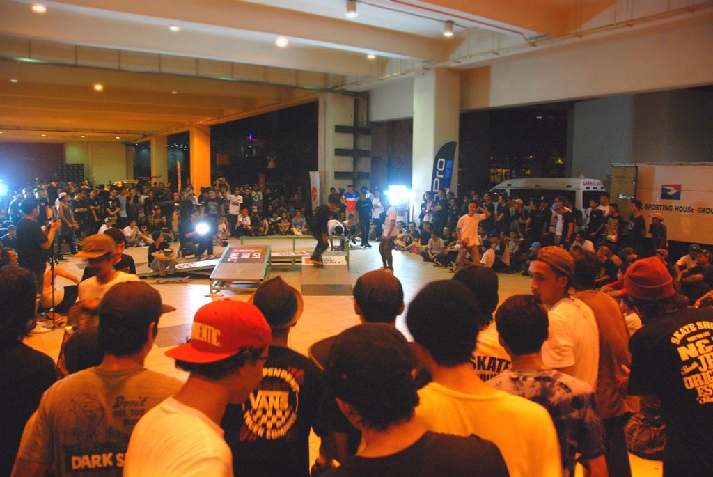 DSC_0157 (Crowd)